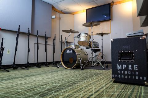 Production Suite A76 live room